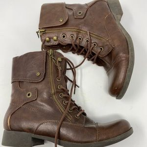 G by Guess Brown Zipper Combat Boots Size 7.5